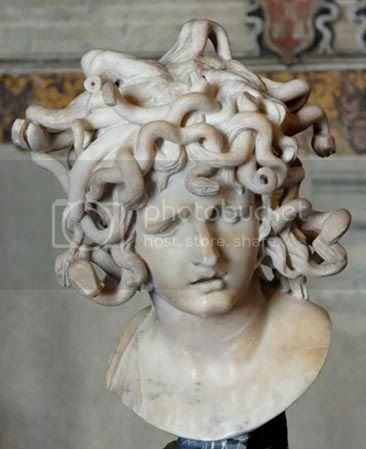 http://i573.photobucket.com/albums/ss177/believe_my/Medusa-Bernini-Musei-Capito.jpg?t=1270478468