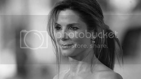 http://i573.photobucket.com/albums/ss177/believe_my/Sandra-Bullock.jpg?t=1251838789